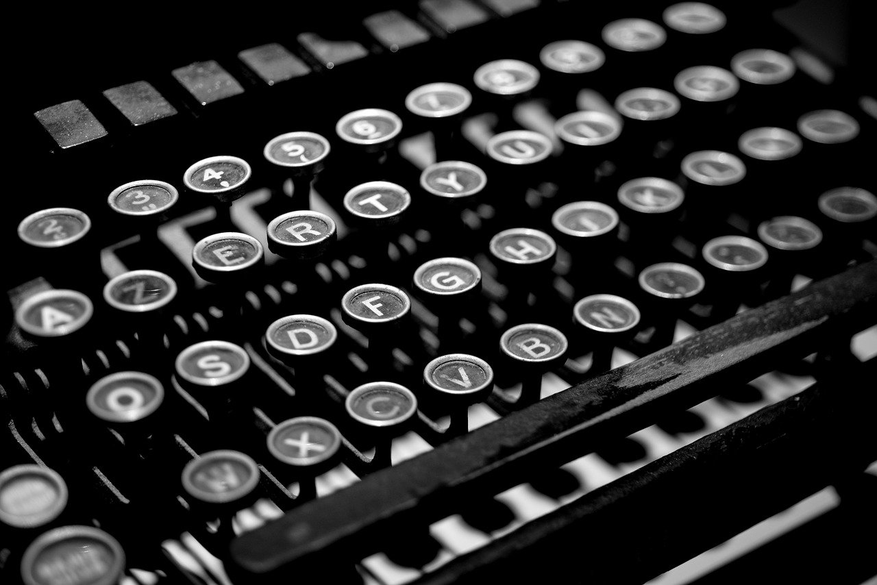 typewriter, antique, vintage